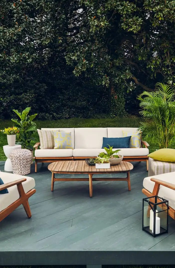 tips to prepare your outdoor furniture