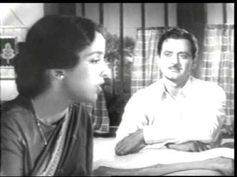 Leela Naidu as Anuradha Roy singing to Abhi Bhattacharya as Deepak: Kaise din beete kaise beeti ratiyan piya jaane na; and yet not accepting his denigrating her husband Balraj Sahni as Nirmal Chaudhury.