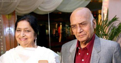 Khaiyyam with wife Jagjit Kaur (pic courtesy: www.hindilyrics.com)