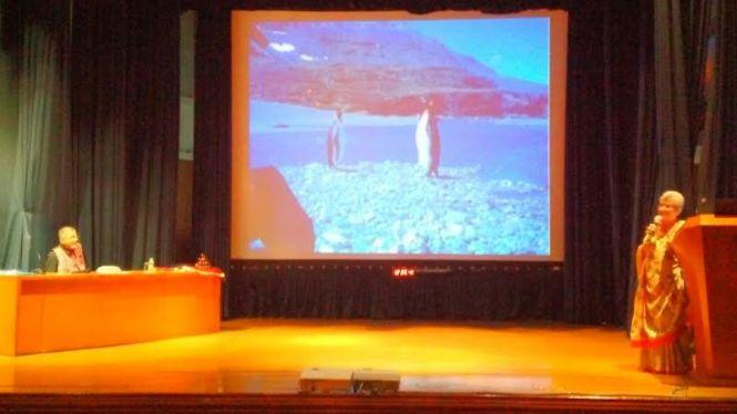 Mehar Moos delivering her Antarctica talk at INHS Asvini auditorium in Mumbai