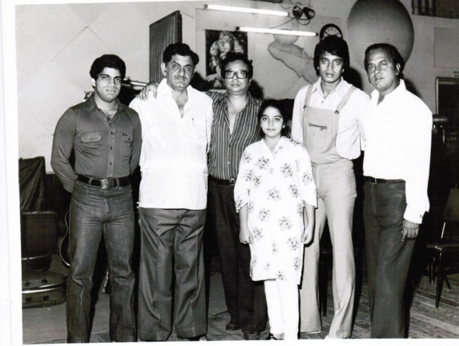 Anand Bakshi with Rahul Dev Burman (Pic courtesy: www.hindilyrics.com)
