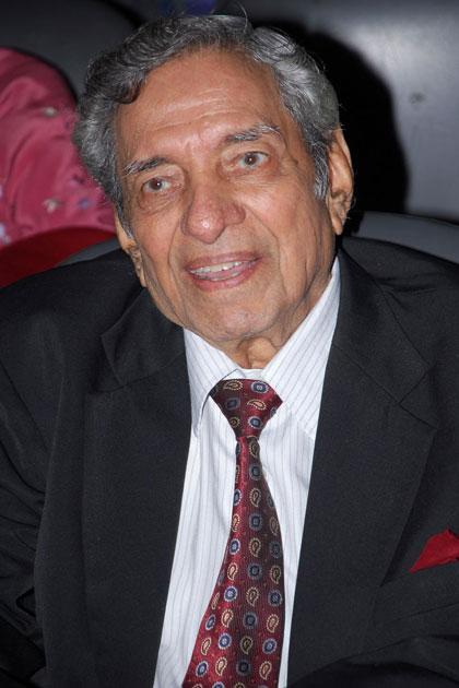 Music Director Ravi Shankar Sharma, a discovery of my favourite Hemant Kumar (Pic courtesy: alchetron.com)
