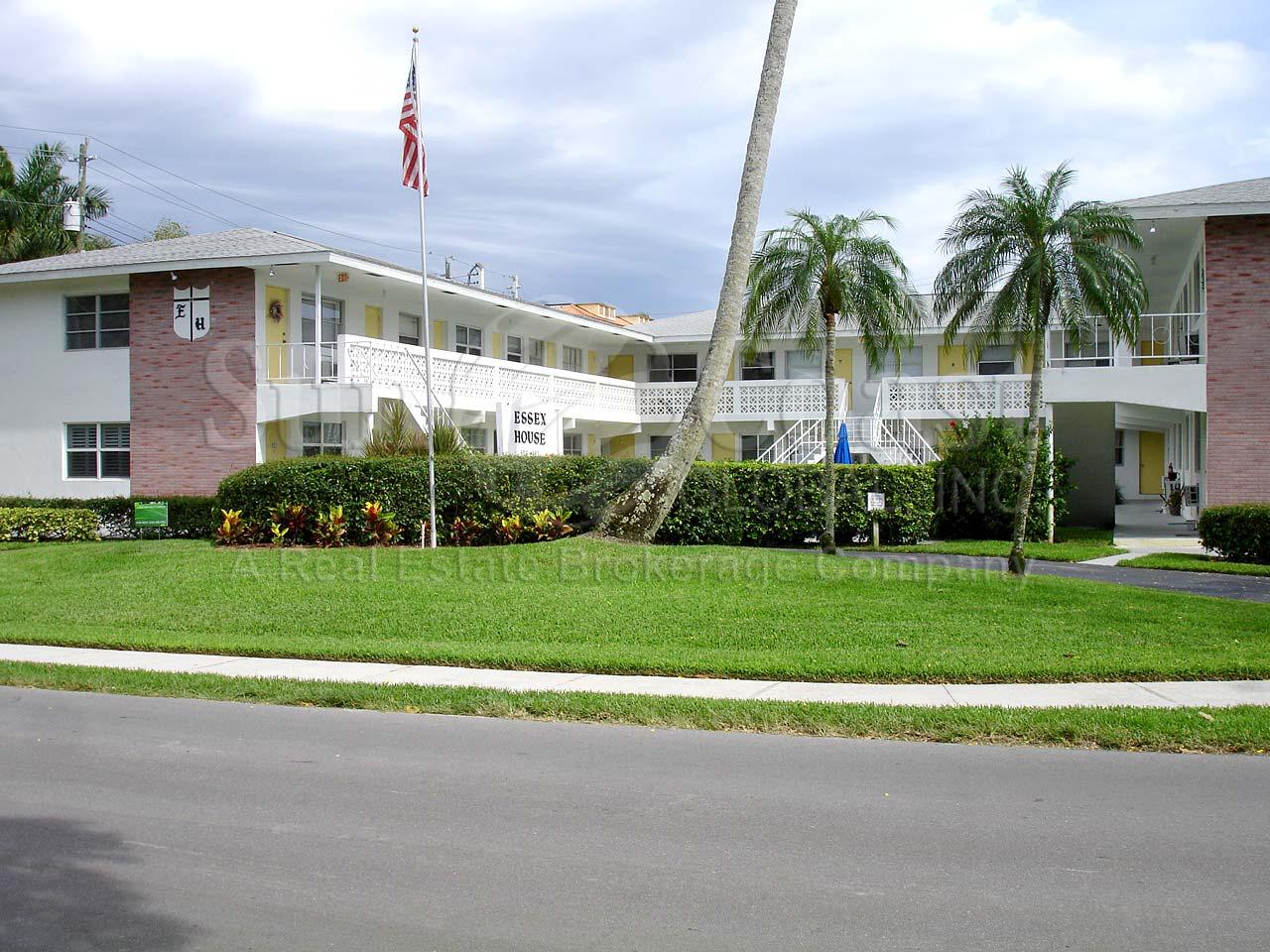 hight resolution of essex house condominiums