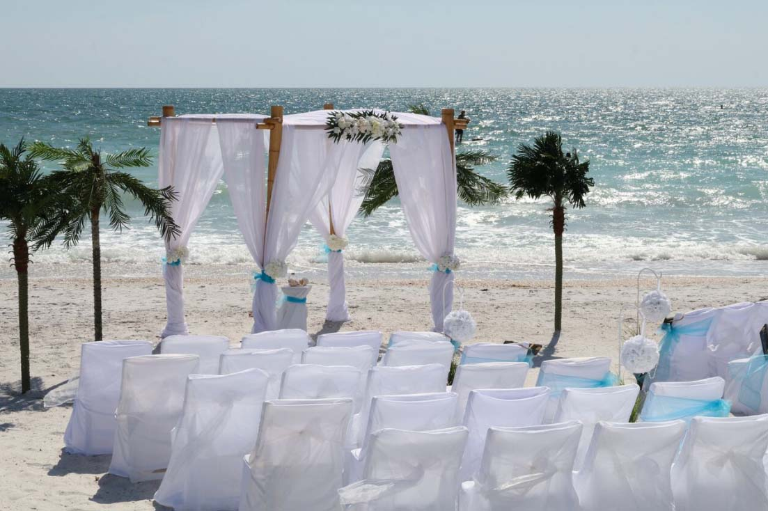 burlap chair covers for folding chairs and tablecloths florida beach wedding - suncoast weddingssuncoast weddings