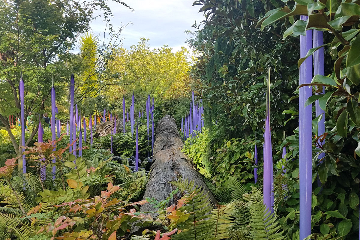 5 Reasons Seattle's Chihuly Garden Will Put You on Another Planet