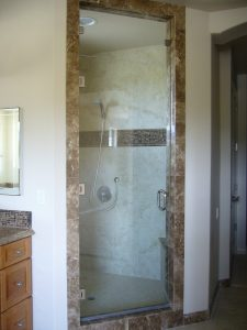 Kurtz MB Shower Entry wGlass