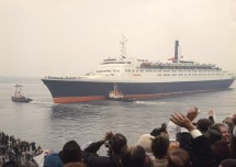 50 Years Clydebuilt Qe2 Ocean Liner Led Life Of