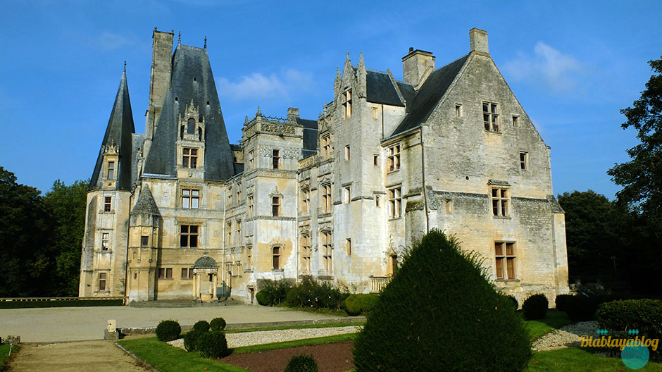 Chateau-fontaine-Henry