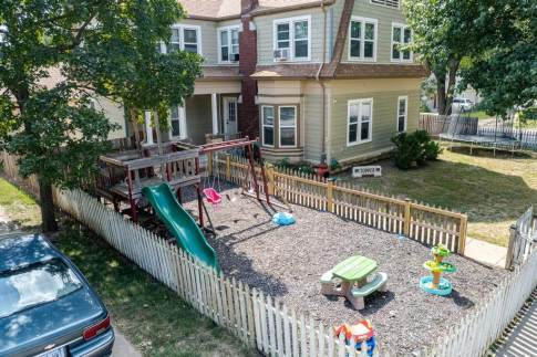 527 W Pine Ave-33