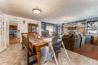 527 W Pine Ave-7