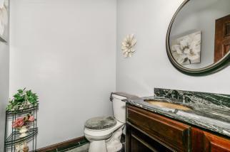 8422 SE 25 St Murdock KS 67111-large-016-010-Bathroom-1500x1000-72dpi