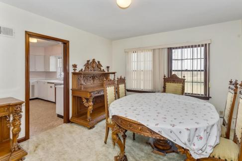 9451 S Woodlawn Blvd Derby KS-large-011-017-Dining Room-1500x1000-72dpi