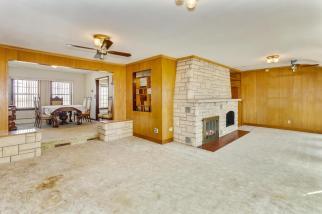 9451 S Woodlawn Blvd Derby KS-large-014-019-Family Room-1500x1000-72dpi