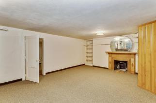 9451 S Woodlawn Blvd Derby KS-large-034-039-Family Room-1500x1000-72dpi