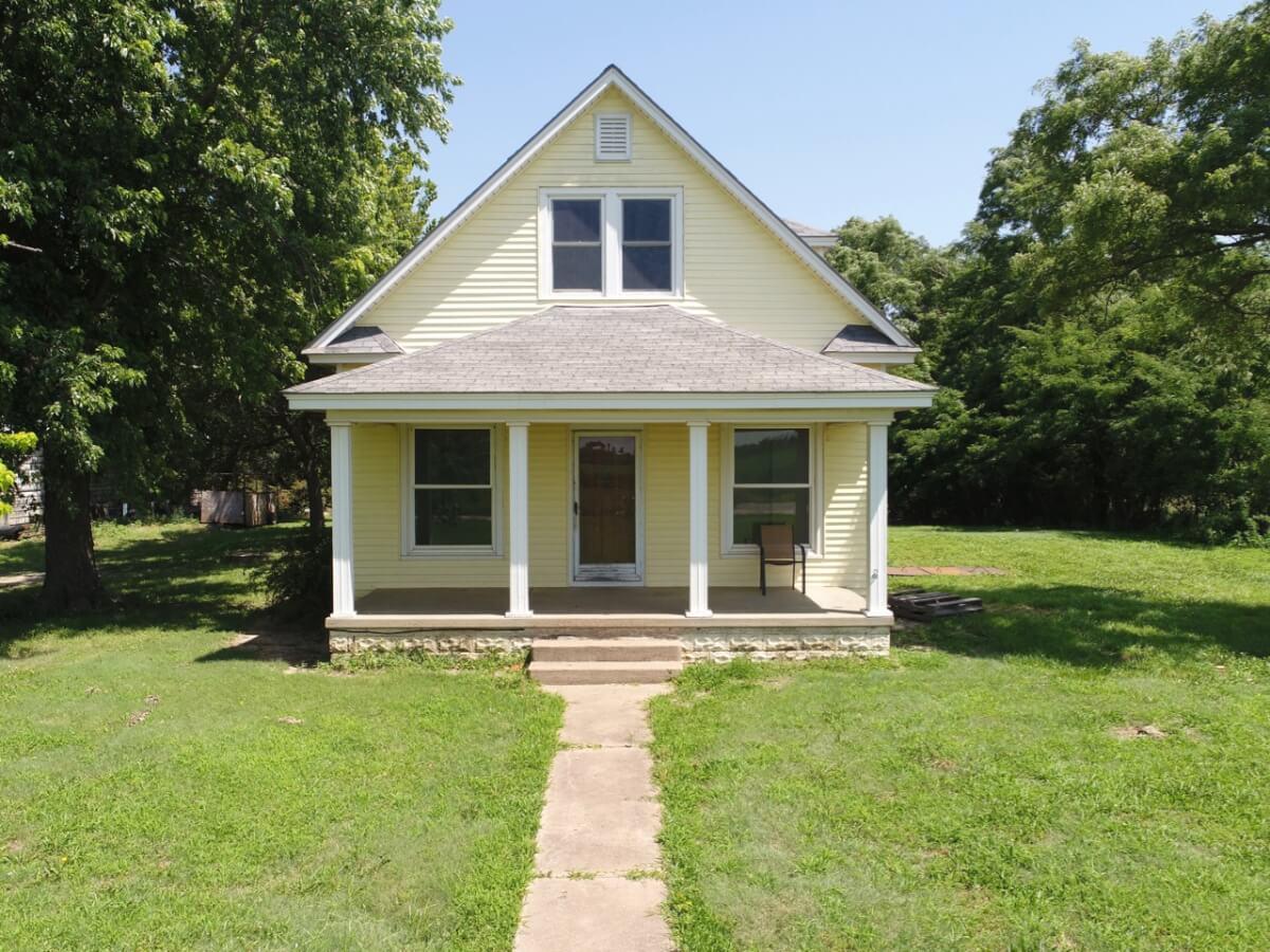 12418 NW 100th St, Whitewater Kansas