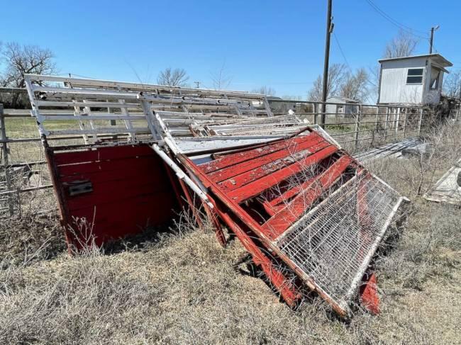Gard - Sterling KS Auction April 30 - 144 of 214