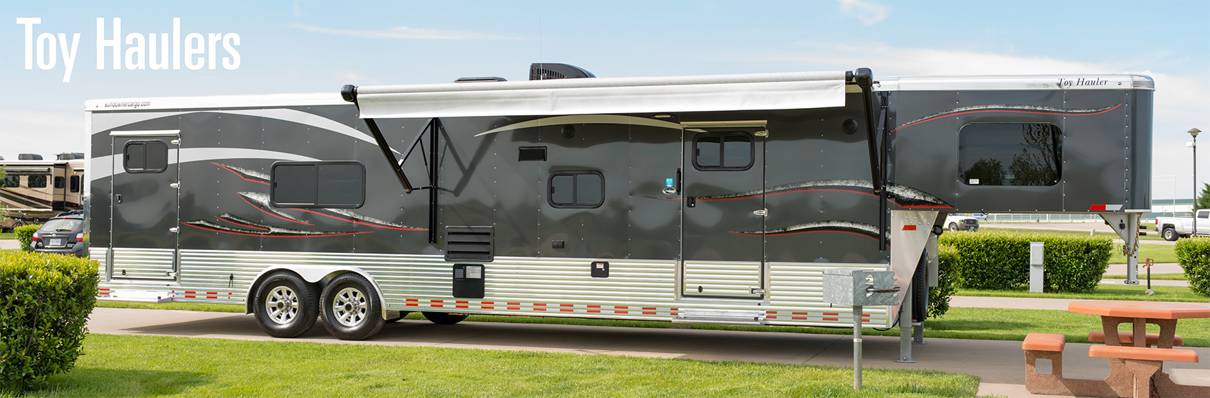 hight resolution of welcome to sundowner as the industry leading horse trailer