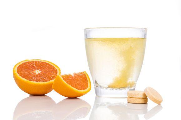 Imagem de um suplemento de vitamina C efervescente.