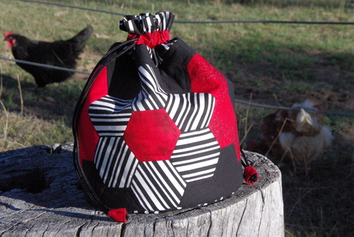 finished-dilly-bag-with-chooks
