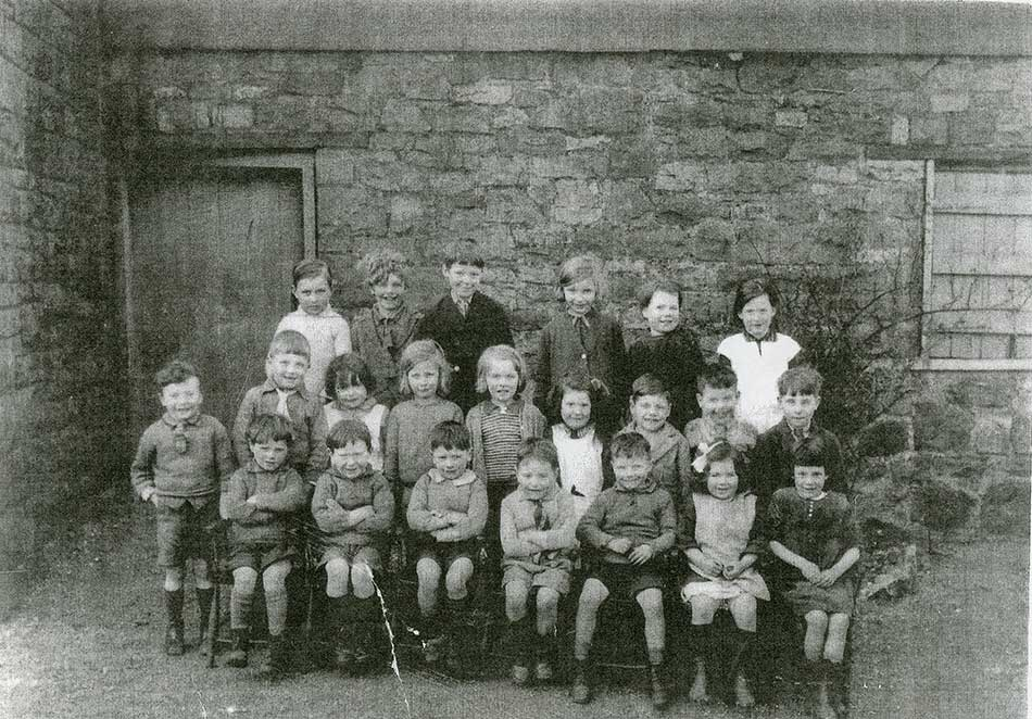 A photo of pupils od Chase School 1933-1934