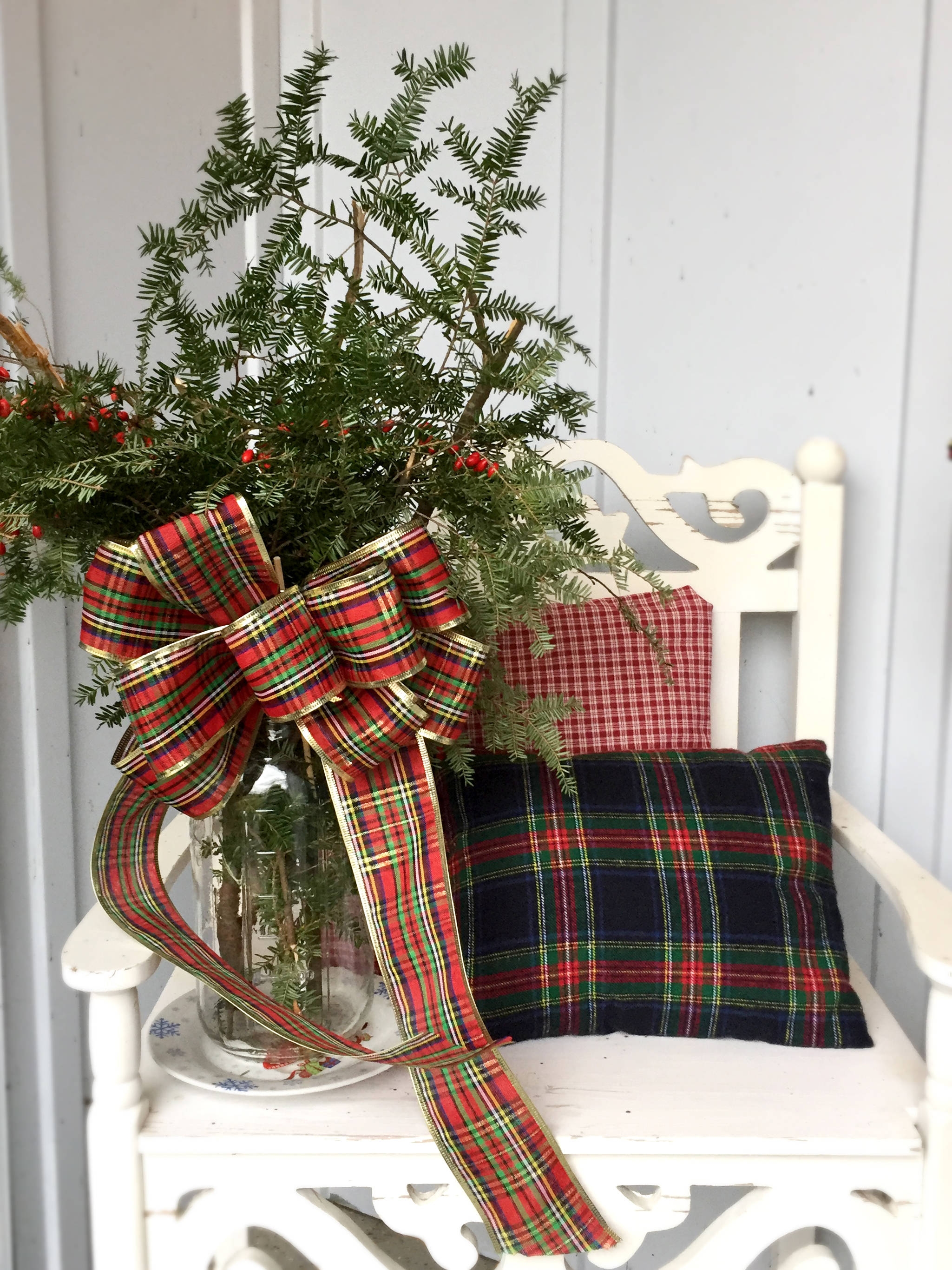 rustic and plaid christmas front porch decor ideas christmas decor tartan christmas birch decor
