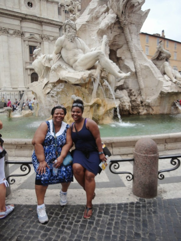 mom and i at the 4 rivers fountain in rome
