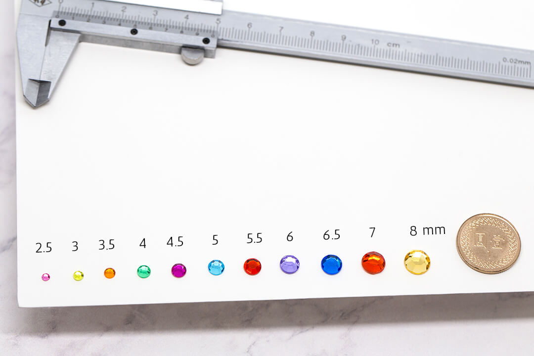 How to measure rhinestones? Stone size chart in mm, ss & pp
