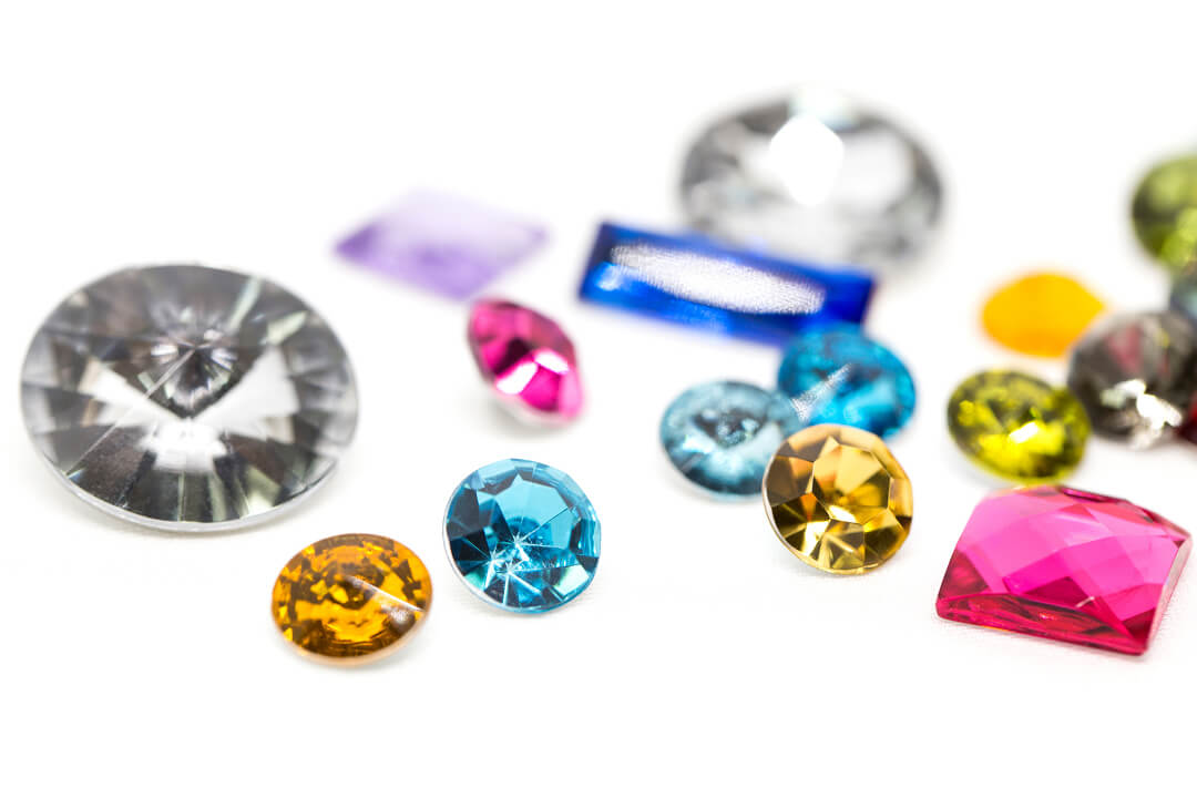 what is a rhinestone-types of rhinestones