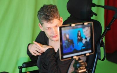 Sunnyfield Launches Hatch Video Installation