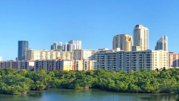 porto bellagio residential complex