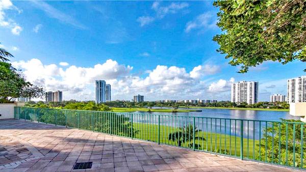 turnberry village south condo