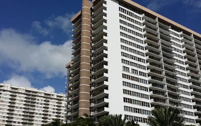 Parker Plaza Condominiums