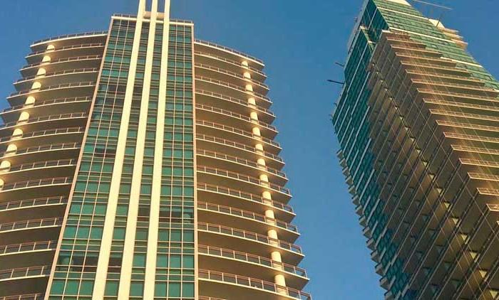 Diplomat Condominiums