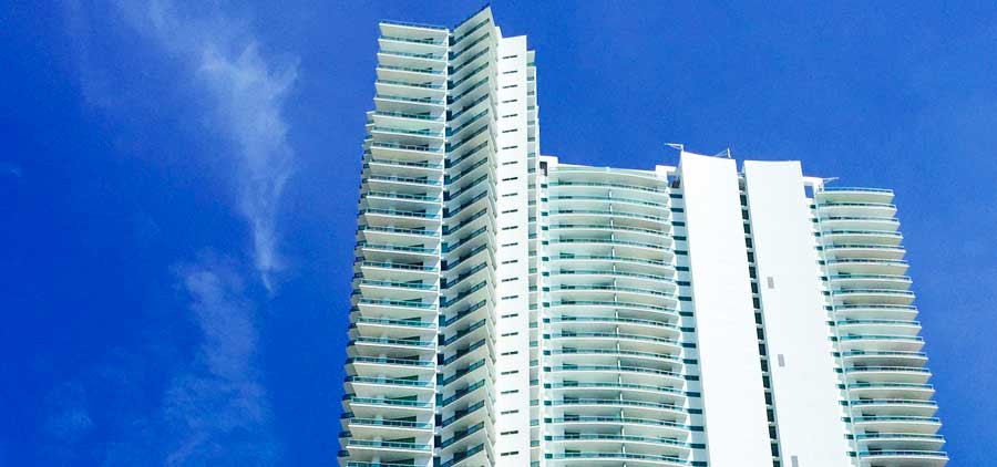 900 Biscayne Condominiums at Miami Downtown for sale and rent