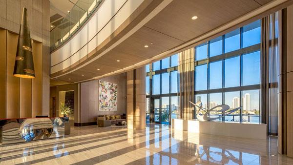 prive grand lobby