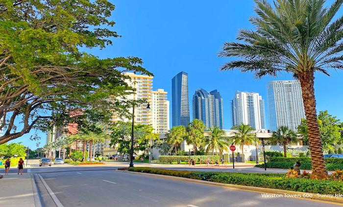 Winston Towers 600 condominium complex