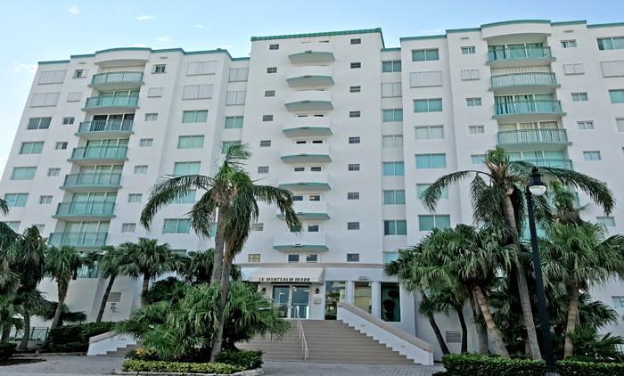 Le Montcalm condominium complex