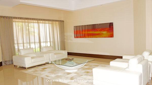 oceania III lobby