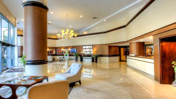 600 mystic pointe lobby
