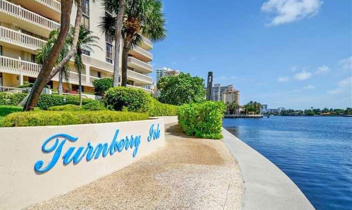 turnberry isle tower complex