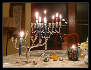 hanukah-candles4 us