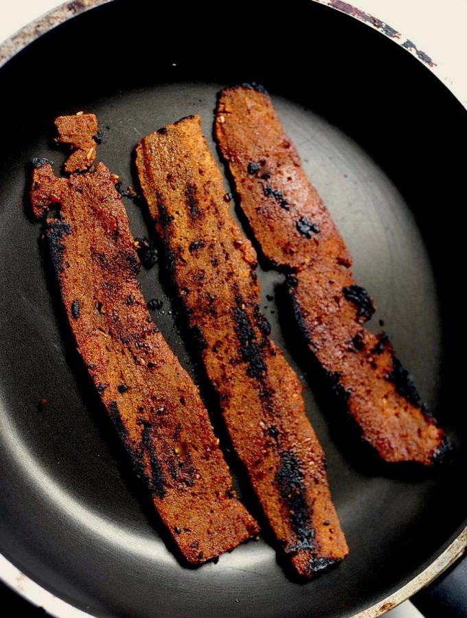 How to Make Smokey Maple Seitan Bacon (Vegan)