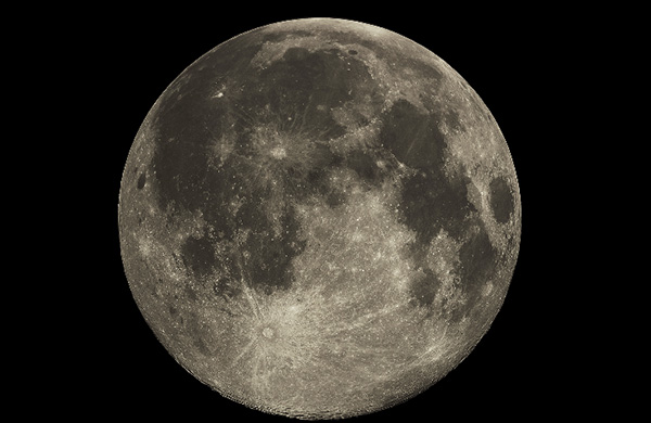 Enormous Extraterrestrial Craft Hiding On The Moon Ex60p-moon1
