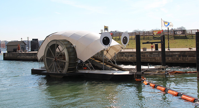 mr trash wheel Baltimore MD 1 millon pounds