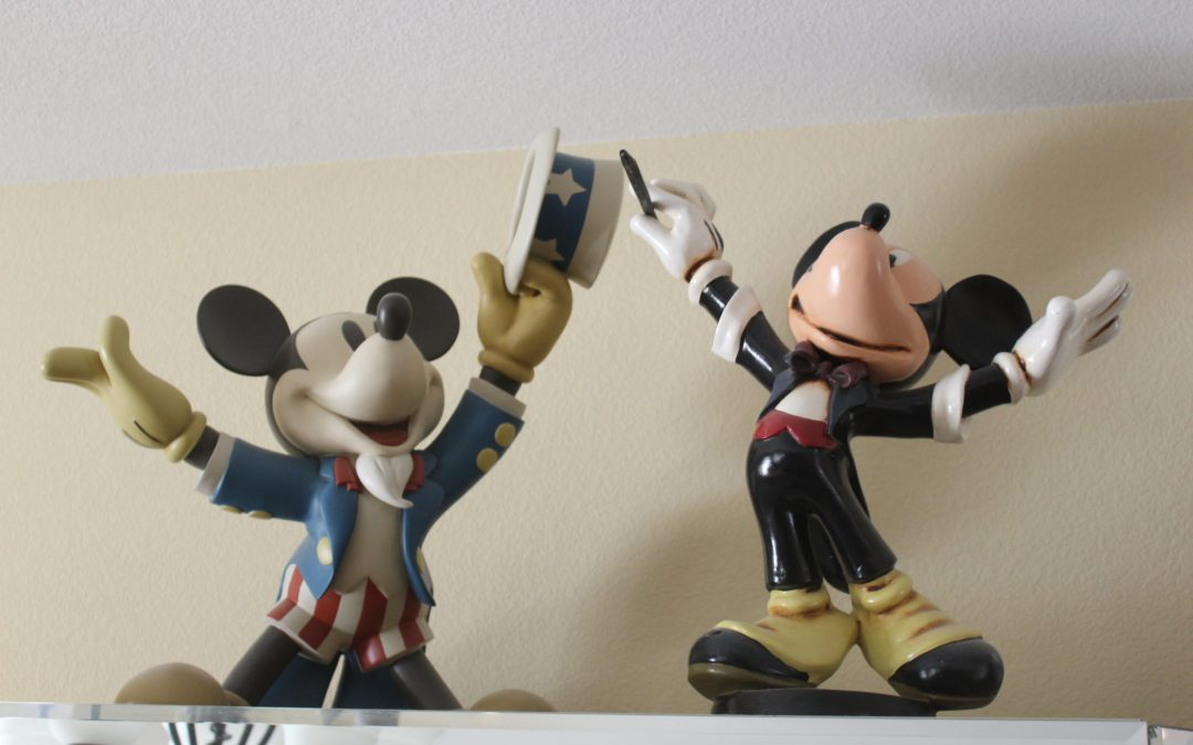 Come to our 'We Love Mickey Mouse' sale this weekend!