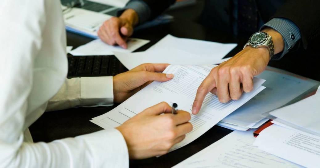 A alavancagem está diretamente relacionada com o endividamento de uma empresa