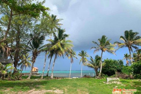 Tres Cocos Beachfront Lot Parcel 4270