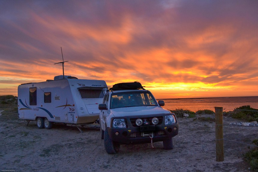 03 Caravaning Karumba Point Sunset Caravan Park