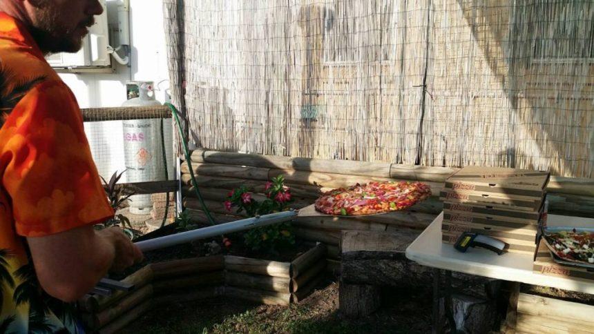 Karumba Point Sunset Caravan Park Pizzas