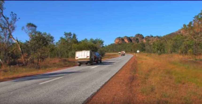 Savannah Way_4x4 videos of Australia